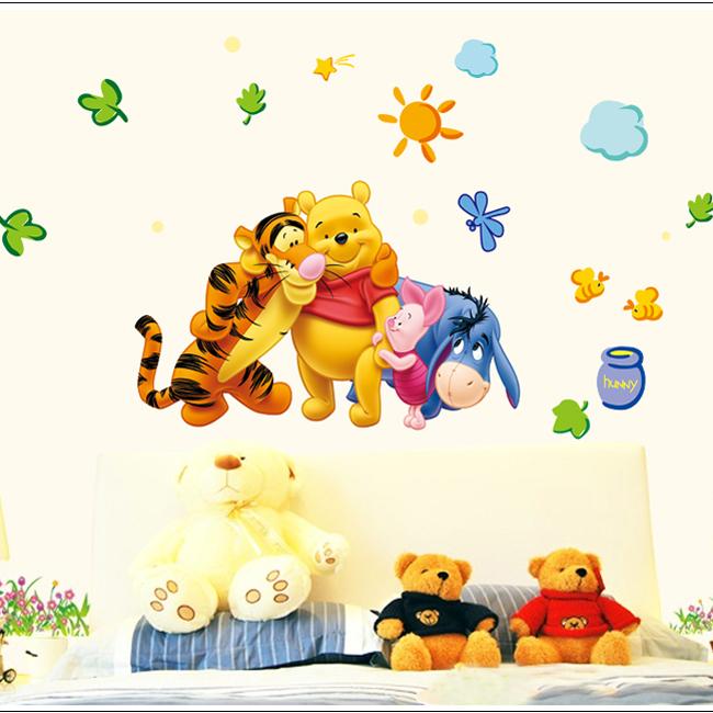 Decal Dán Tường Gấu Pooh Và Những Người Bạn