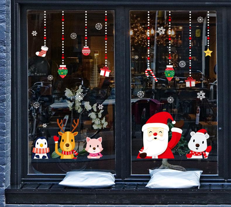 Decal Noel 2021 – Ông Già Noel và Dây Treo Qùa Tặng